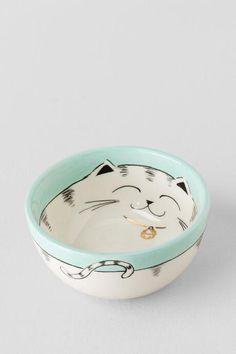 Ceramic Hand Painted Cat Bowl $8.00                                                                                                                                                      More #ceramicpainting