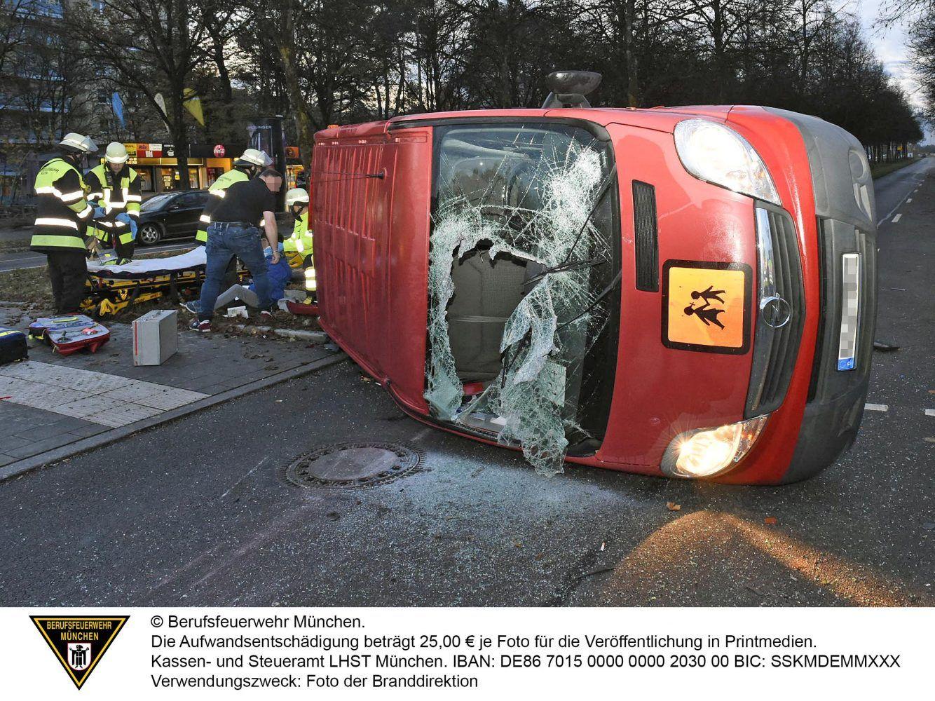 Verkehrsunfall Mit Schulbus Ramersdrof Perlach Schulbus Unfall Bus