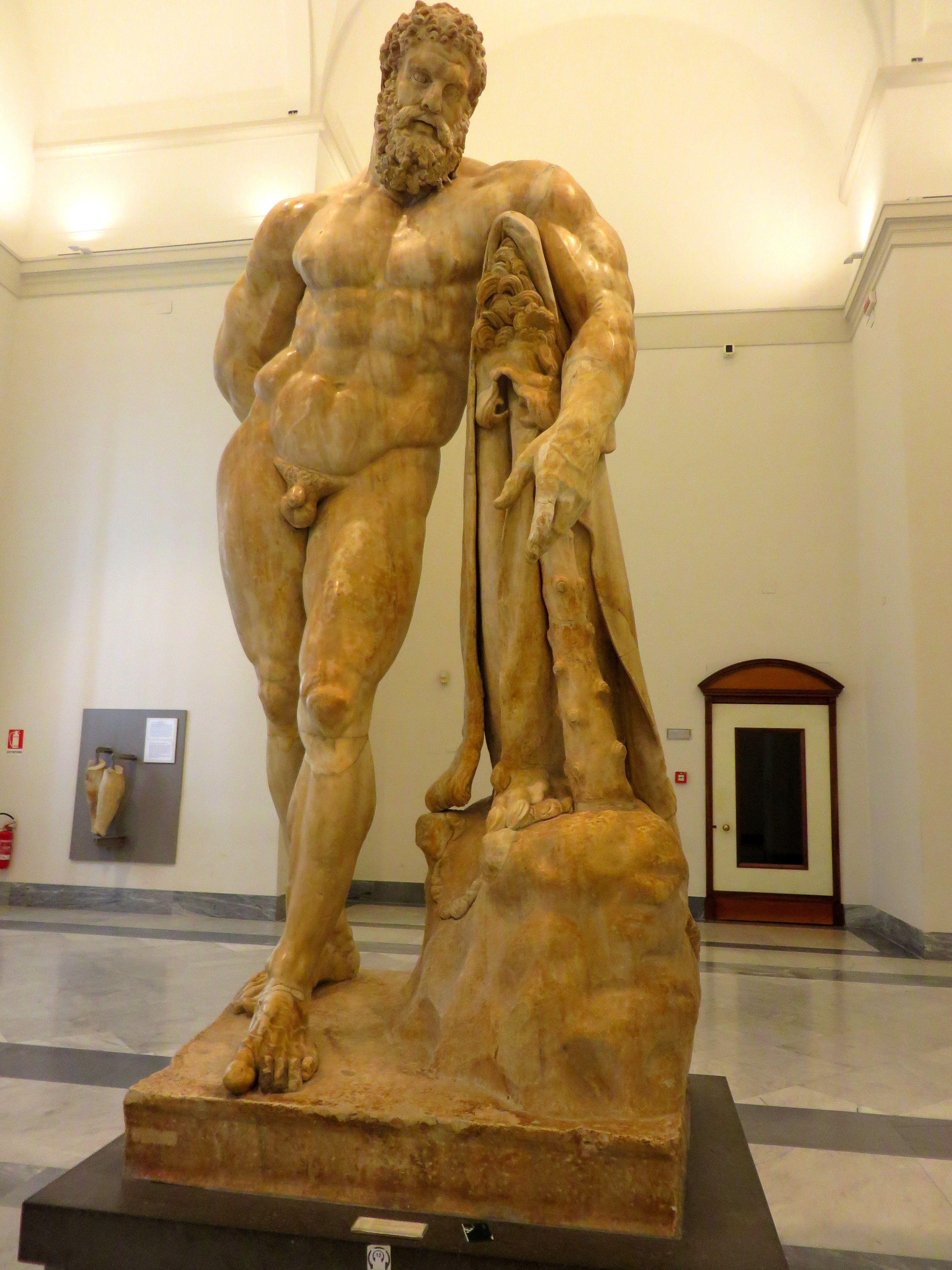 Hercule Farnèse - Musée Archéologique national de Naples | Naples,  Archéologie, Voyage italie