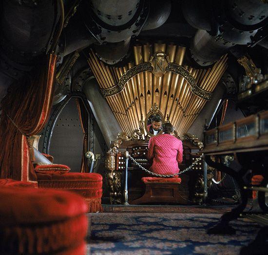 nautilus submarine captain nemo google search nautilus science fiction fiction et artiste. Black Bedroom Furniture Sets. Home Design Ideas