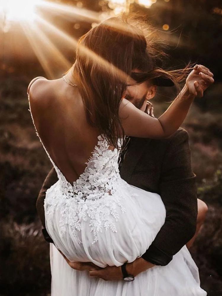 Charming V Back Lace Bodice Bohemian Wedding Dress