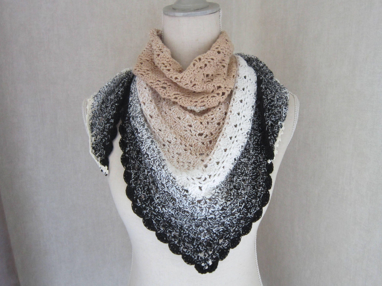 Châle chèche au crochet, noir gris blanc beige dégradé, en coton, création  unique a63e46522d0
