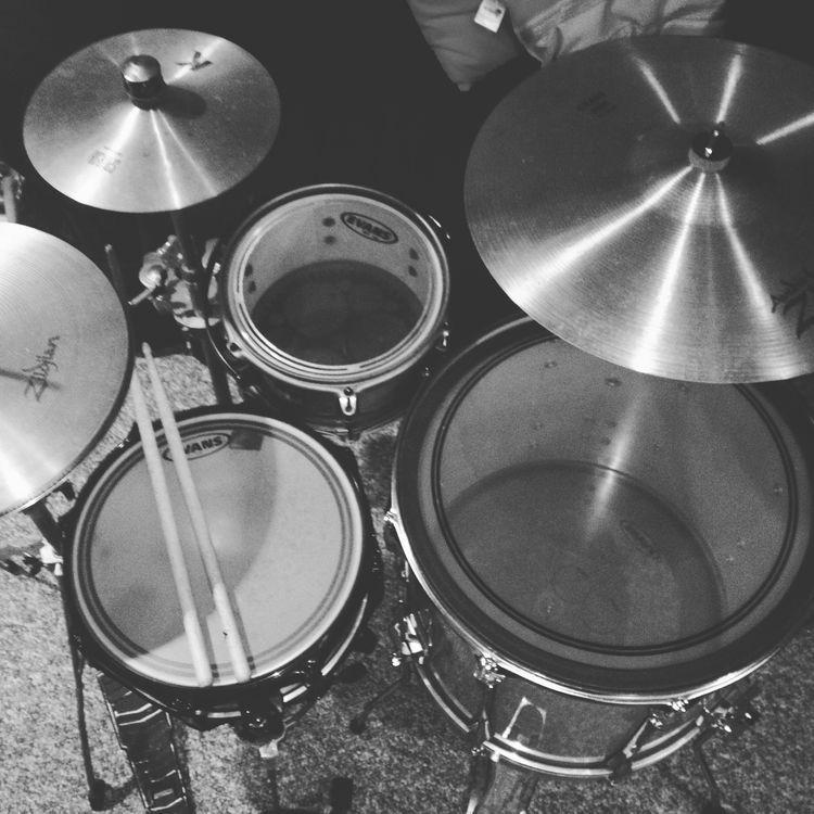 Cocktail kit drums guitar gear drum kits