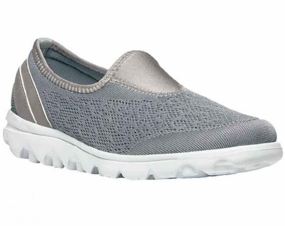 propet ladies shoes