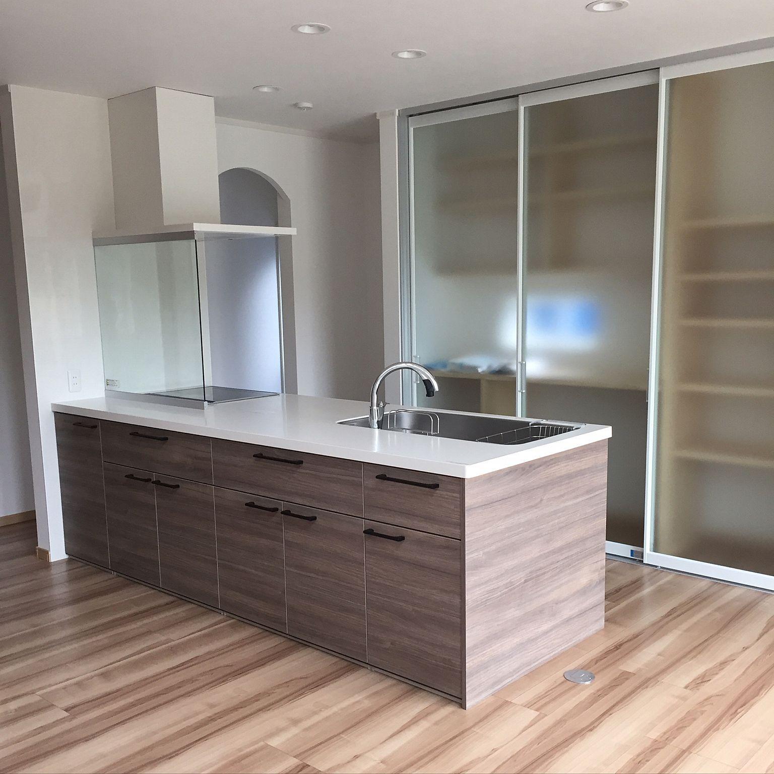 背面収納 アレスタ リクシル キッチン 造作 などのインテリア実例