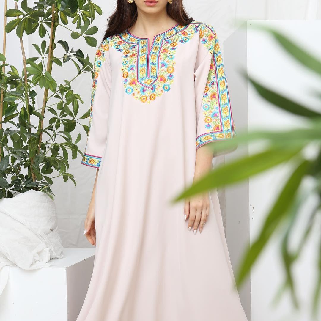 المجموعة الجديدة قماش كريب تطريز السعر ١٢٠٠ ريال قطري Many Thanks From The Team Photographer Fkphoto007 Model Liliyalevay Moroccan Dress Fashion Dresses