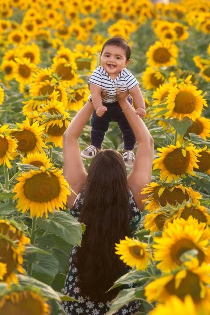 Sunflower field #Sunflowers #Baby #Photoideas #photoshoot #Colors #6months #BergsbakenFarm #Cecil #Wisconsin #Yellow #Smile #Fun #Farm #Flowers #Nature