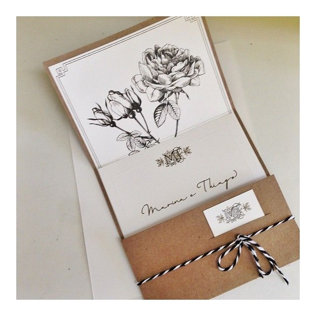 Convite Boda Design por @grafam_bh #casamentothienina #convitesbodadesign #convitedecasamento #weddingstationery