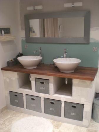 pour gagner de la place vous deci de fabriquer un meuble de lavabo ... - Fabriquer Meuble Salle De Bain Beton Cellulaire