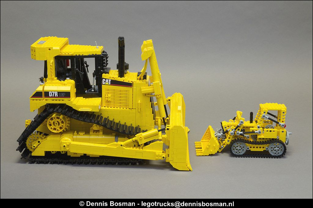CAT D7R vs  856 | Logan's | Lego technic, Lego, Cats