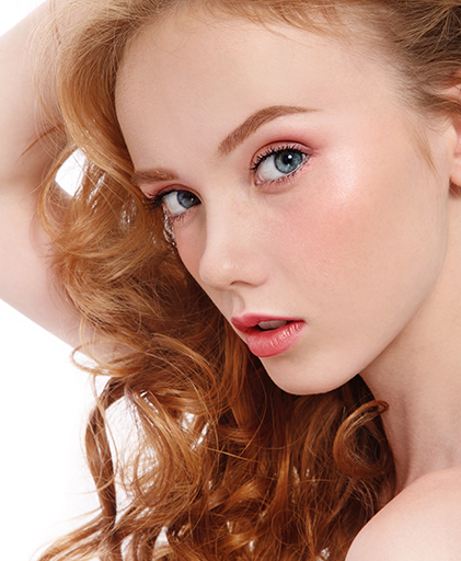 How to Match Your Eyebrows to Red Hair With | Strawberry ...