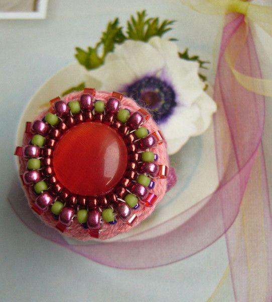 •••+Häkelring+mit+Glascabochon+•••+von+crochet.jewels+auf+DaWanda.com