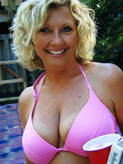 Hairy mature women pictures