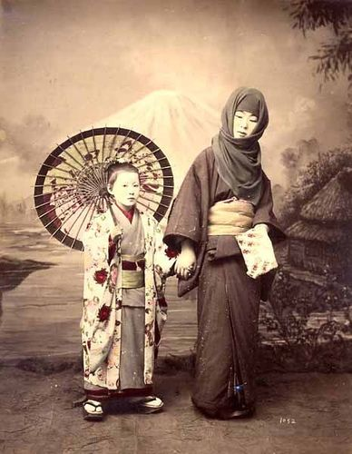 usakabe Kimbei, Japanese Woman in Winter Costume with Child, 1870s
