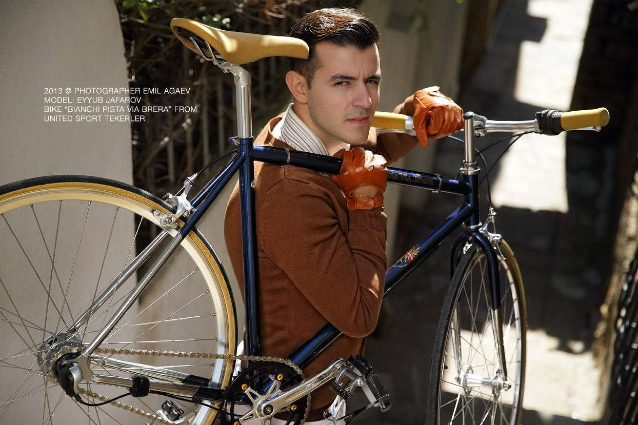 "Photograhper: photographer Emil Agaev  Model: Eyyub Jafarov  Bike: ""Bianchi Pista Via Brera"" United Sport Tekerler"