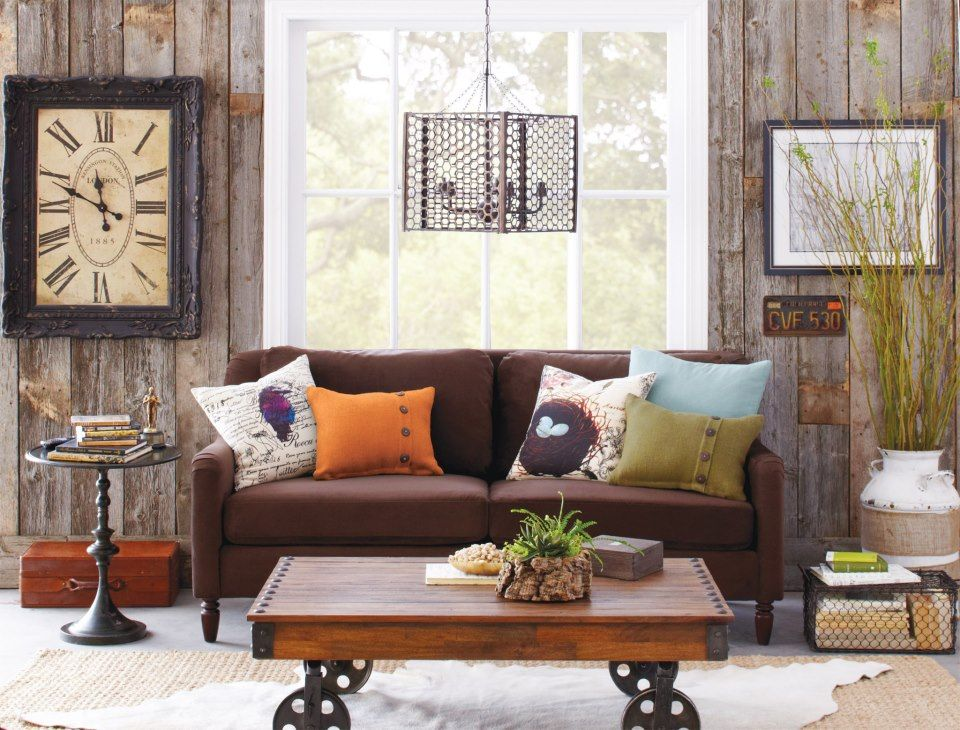 Love the chocolate brown sofa from world market casa for Decoracion del hogar mexico