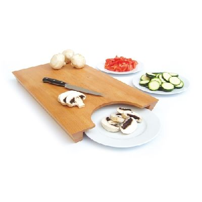 This is a cool design - swipe your cut vegtables right onto a plate