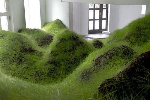 Artistry: Artist Installs Grassy, Rolling Hills at Tolerant Oslo Gallery | Decorismo