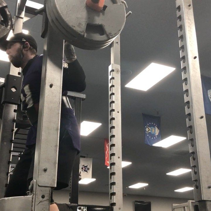 Tried to find my pause squat 5rm today.  315 seems pretty close.  Next week with bands (that makes