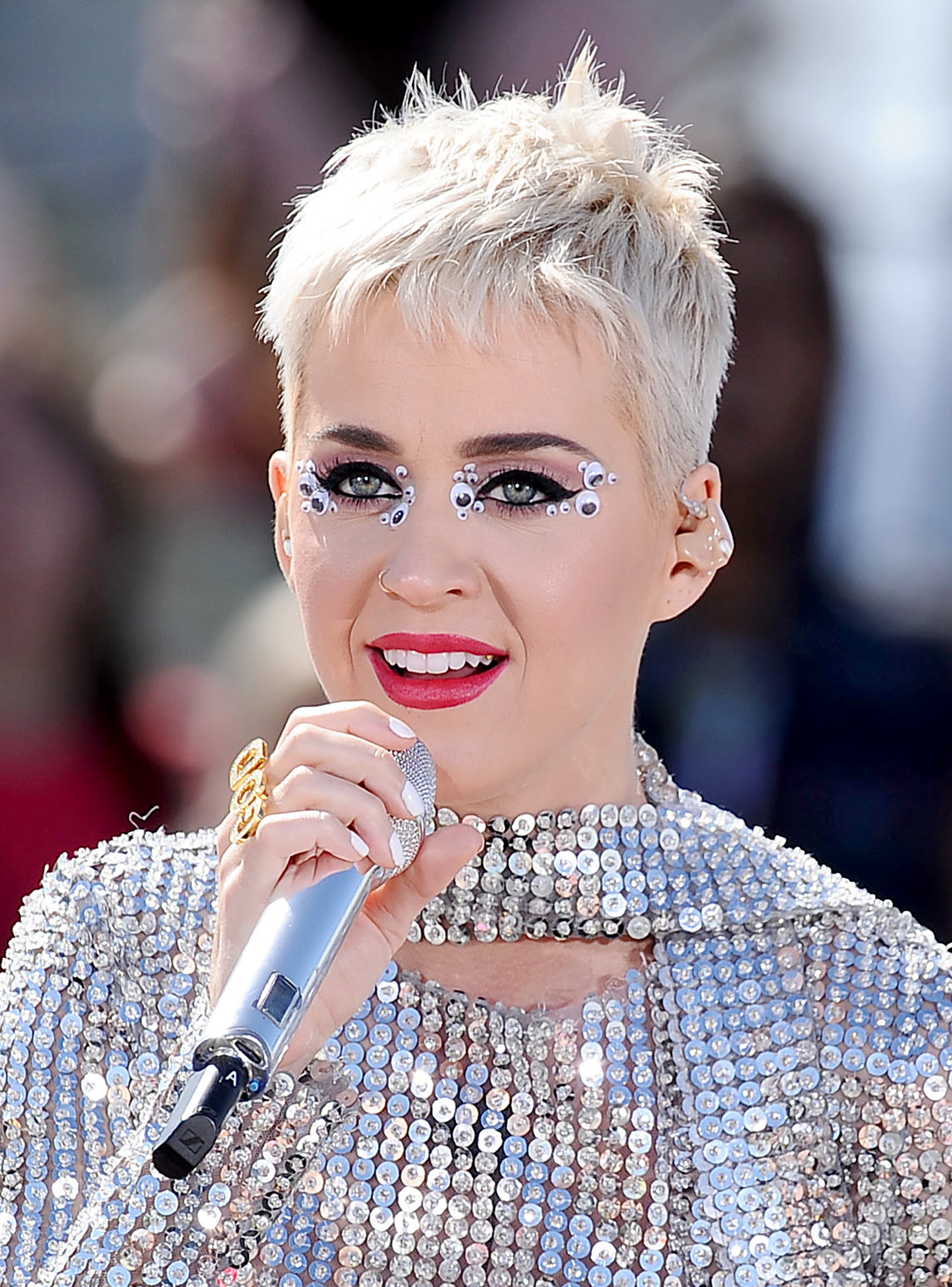 """Katy Perry Is Frustrated By The """"Race To Be Woke"""" Katy"""