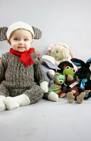DIY sock monkey costume ... Erin can you see Evie in this!?  sc 1 st  Pinterest & Five DIY Halloween Costumes for Kids | Pinterest | Sock monkey ...