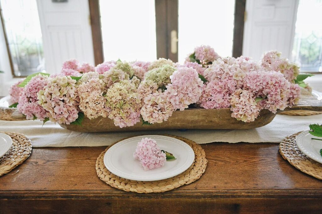 Farmhouse Hydrangea Centerpiece Hydrangea Centerpiece Summer Dining Table Decor Dining Centerpiece