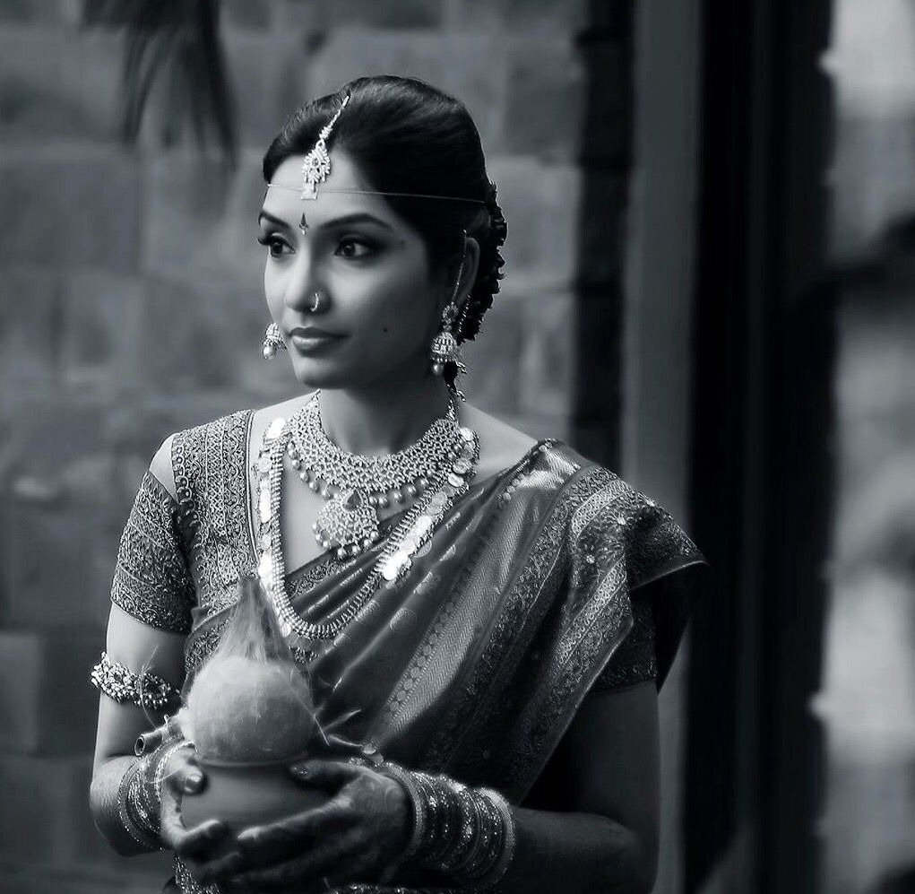 Hairstyles With Flowers Kerala: South Indian Bride. Diamond Indian Bridal Jewelry. Jhumkis
