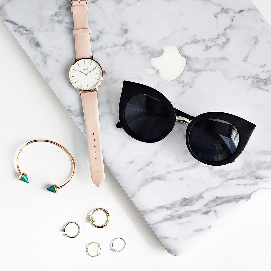 Get ready for the weekend with today's essentials  Instashop link up tophttp://www.#thingseyelove.com