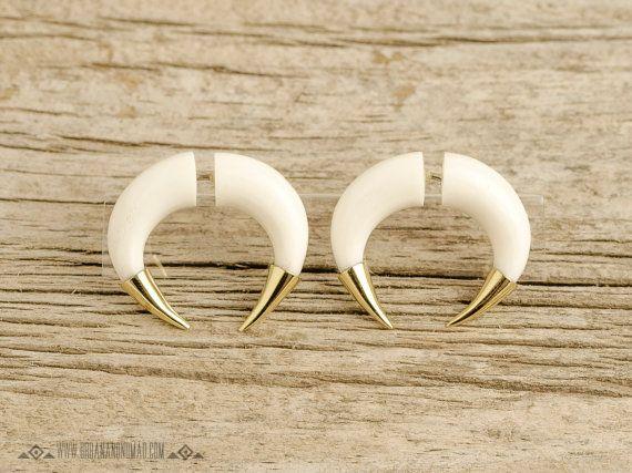 Fake Gauges Earrings Double Talon Bone By Organicethnic