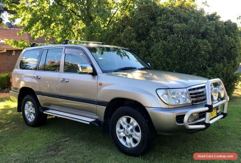 Car for Sale Toyota Landcruiser GXL 8 x Seater 2007