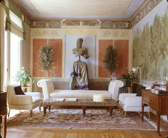 Roman Themed Room Google Suche Interior Design History Luxurious Room Classic House