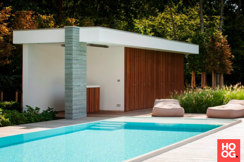 Beautiful moderne villa bouwen met zwembad luxe zwembad for Kostprijs polyester zwembad