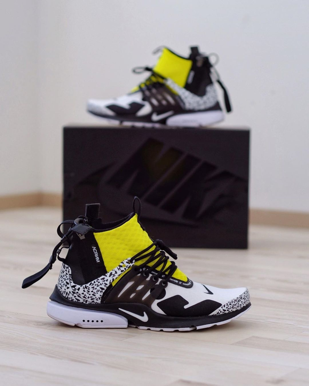 Limited Hyped Shoes Sneakers Trainers
