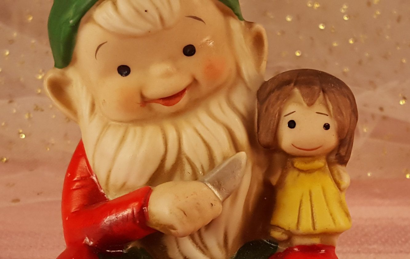 Elf Threatens Doll With Knife / Homco / Home Interiors Christmas Elf #5205 by GroovyDoozyVintage on Etsy