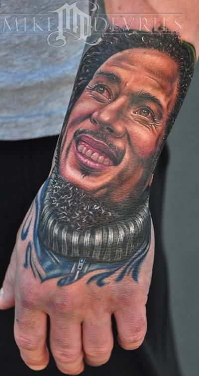 mike devries bob marley tattoo hand tattoos pinterest tattoo tattoo studio and tatoos. Black Bedroom Furniture Sets. Home Design Ideas
