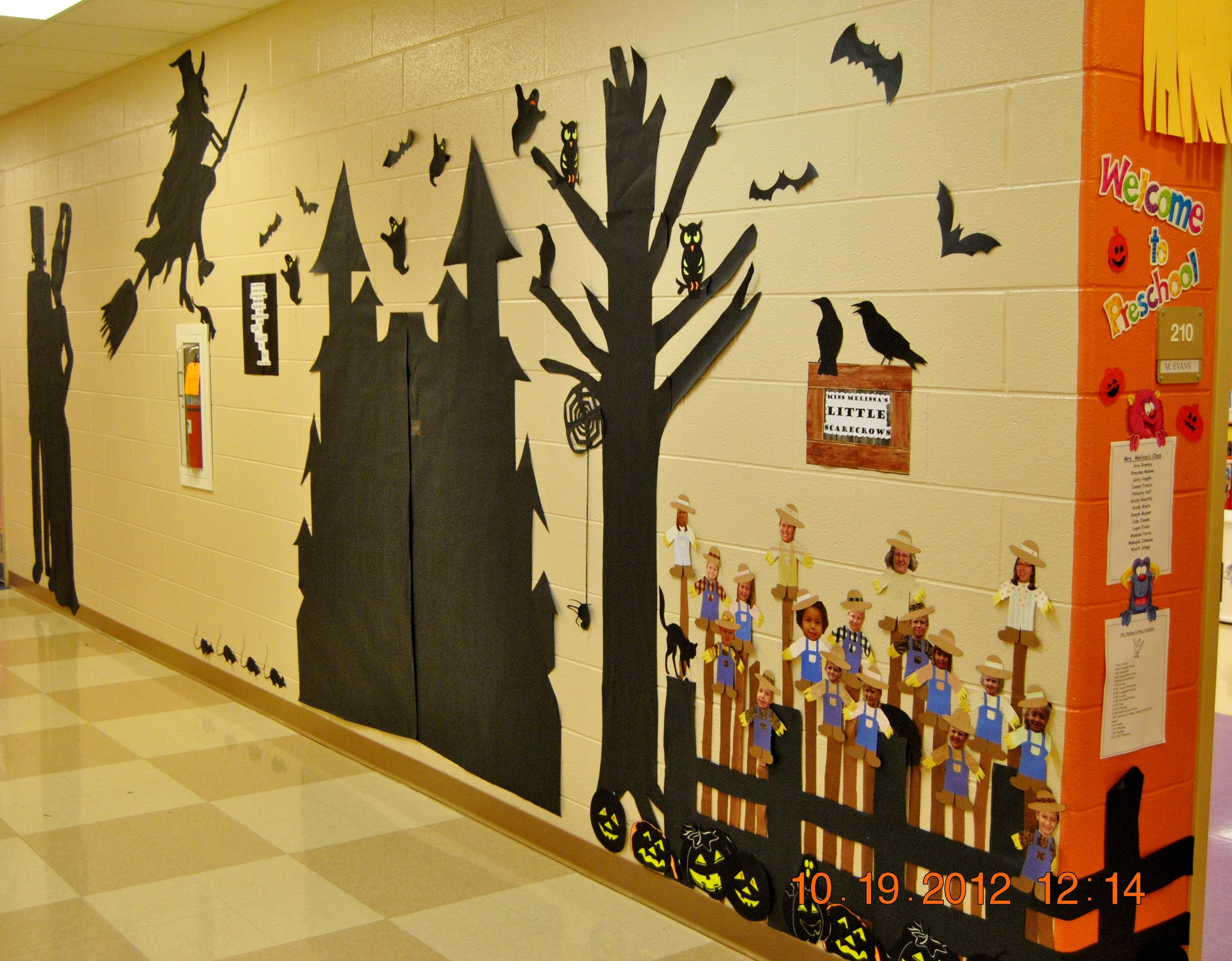 Decorations For School Walls : Our hallway wall for halloween pinterest princesses of