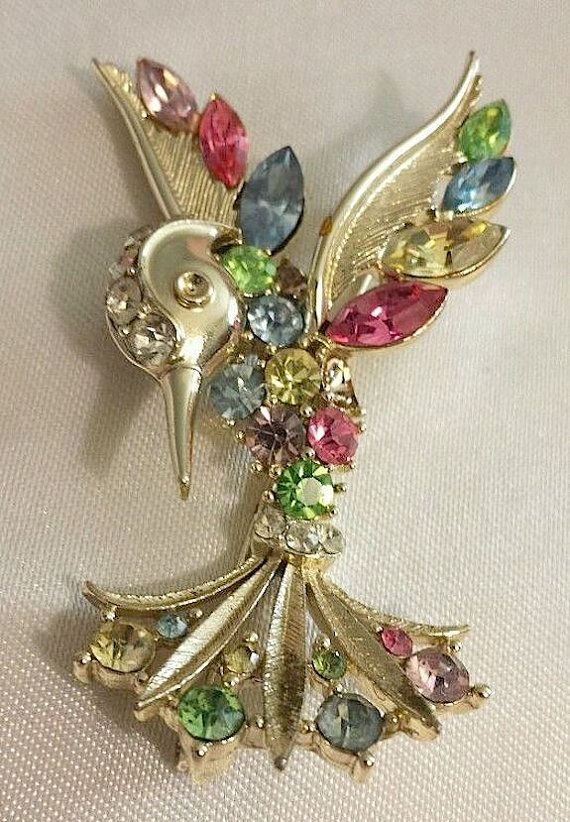 ce876b55d09bb Rare Vintage LISNER Hummingbird Bird Multi Rhinestone and Gold Tone ...