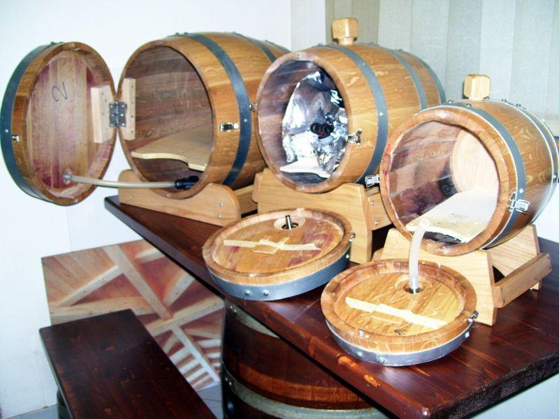 1378 botti bag in box per preimbustati da 50 10 20 e 5 for Botti in legno per arredamento