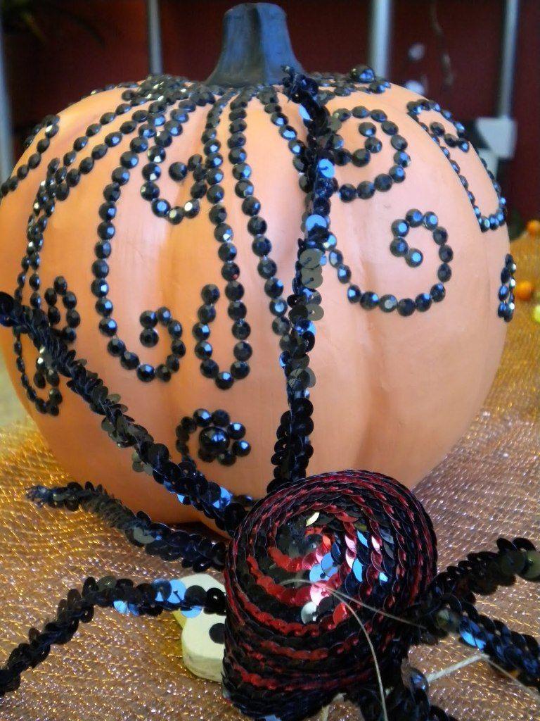 33 Elegant Halloween Decorations Ideas #eleganthalloweendecor elegant Halloween decorations jeweled pumpkin #eleganthalloweendecor