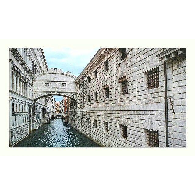#venezia #italia #photooftheday #photographer #cmphotographer #cm #travel #weekend