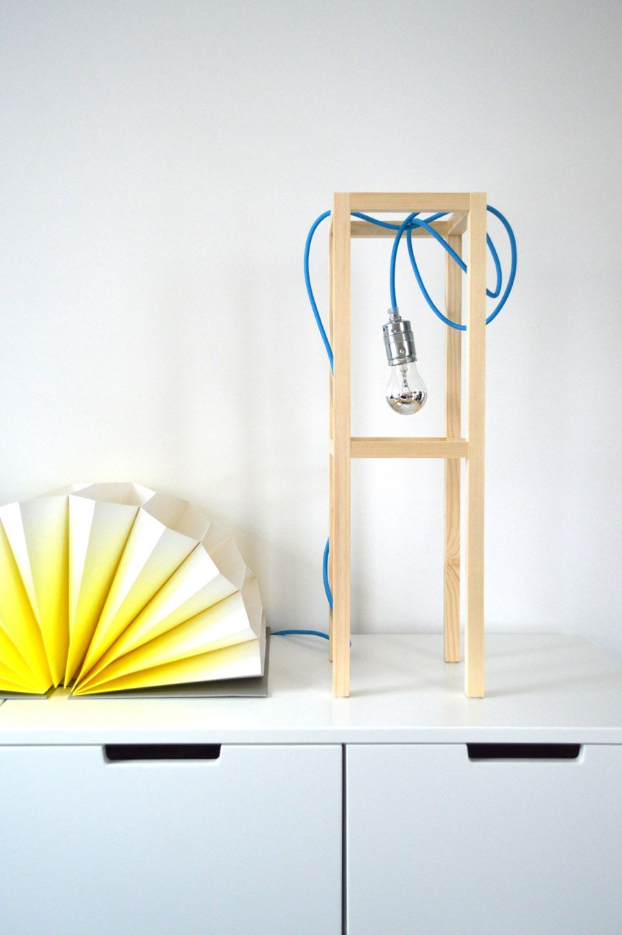 Diy Lamp By Kristina Markovic Www Ichdesigner Com Hay Plisse Diy