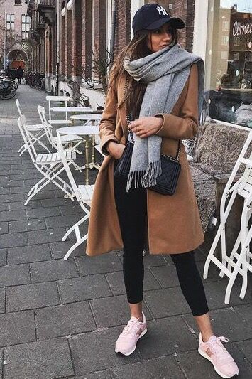 40 Stylish Scarf For Winter Ideas #winterfashion