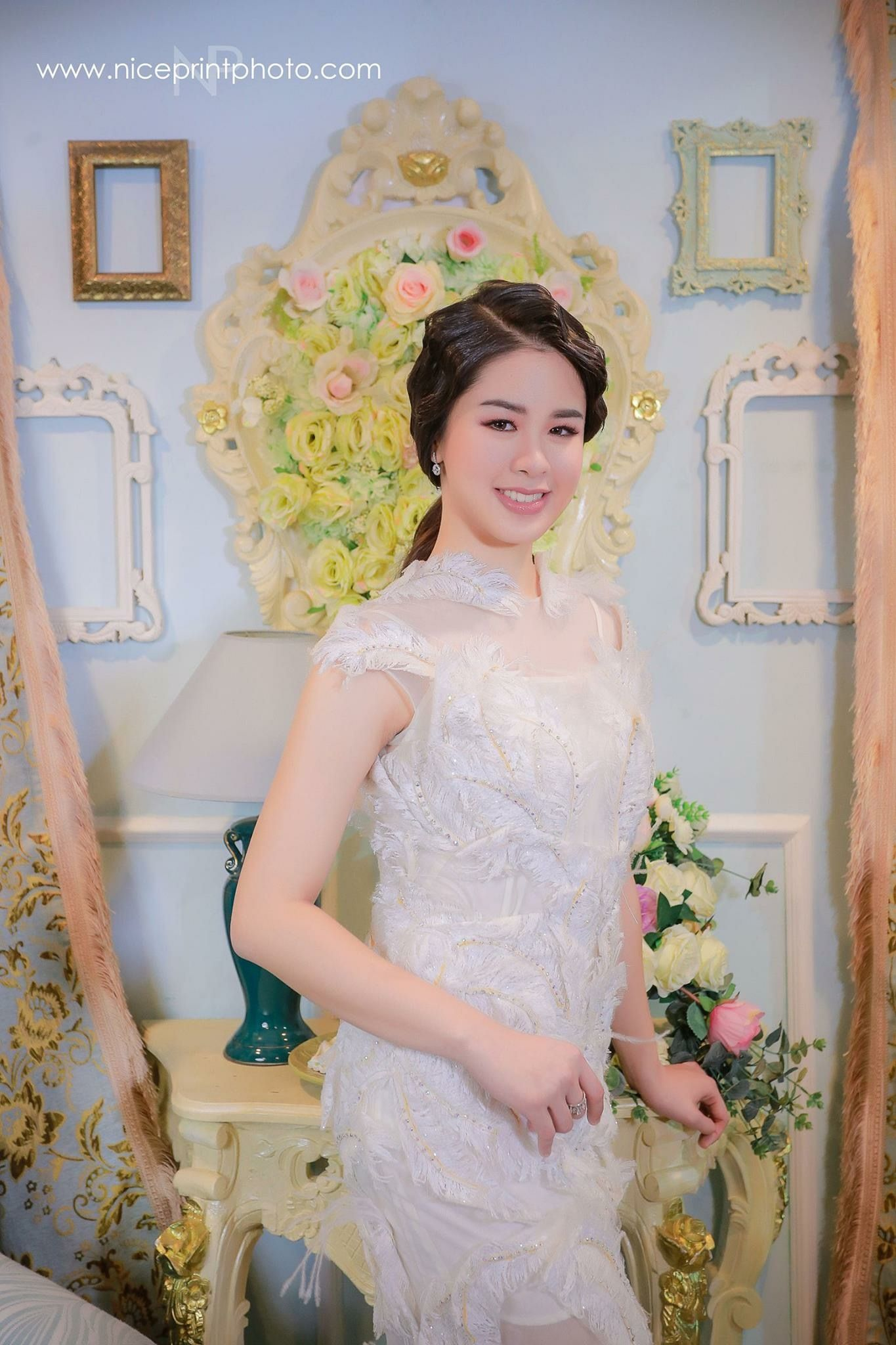 Pin by jawaher mcborn on kisses delavin flower girl