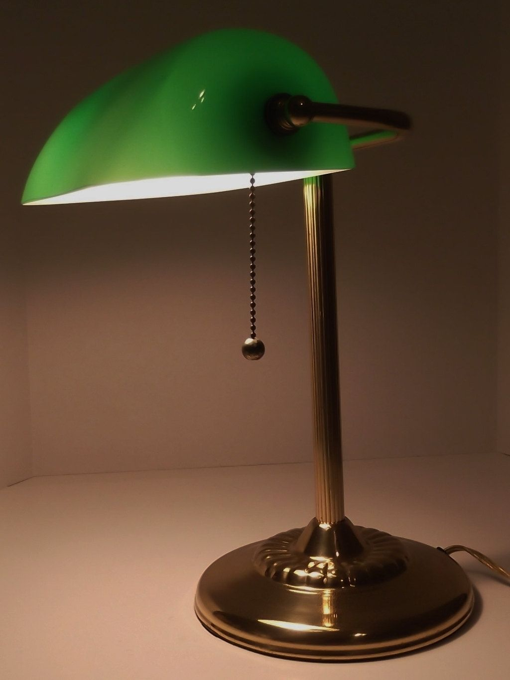 Perfect Bankers Desk Lamp Green Glass Shade