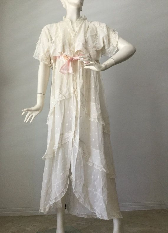Dressing gowns or wrappers were made of cotton, linen or flannel ...