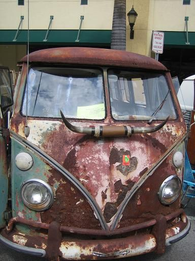 rust bus.JPG