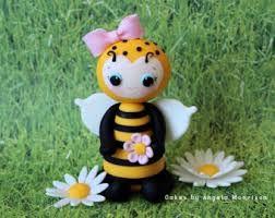 Resultado de imagem para cold porcelain bee