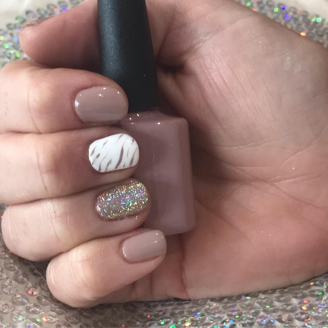 "CND on Instagram: ""#CNDShellac Field Fox with @lovelecente Super Champagne glitter and marbling on #CNDShellac Creme Puff. rg @_lovebeautyretreat"" #cremepuff CND on Instagram: ""#CNDShellac Field Fox with @lovelecente Super Champagne glitter and marbling on #CNDShellac Creme Puff. rg @_lovebeautyretreat"" #cremepuff CND on Instagram: ""#CNDShellac Field Fox with @lovelecente Super Champagne glitter and marbling on #CNDShellac Creme Puff. rg @_lovebeautyretreat"" #cremepuff CND on Instagr #cremepuff"