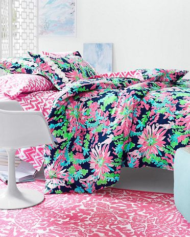 Lilly Pulitzer Sister Fls Duvet Cover Collection In Sippin And Trippin Paired With
