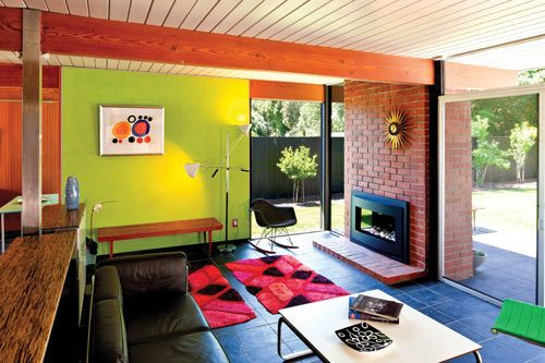 A Peek Inside The New Book Atomic Ranch Midcentury Interiors Mid Century Modern Interiors Mid Century Modern Living Mid Century Modern House